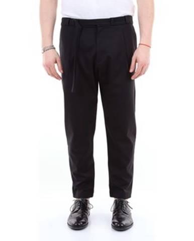 Čierny oblek Lowbrand