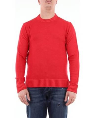 Červený sveter Retois