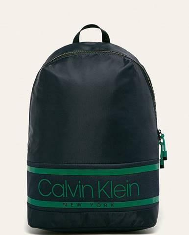 Tmavomodrý batoh Calvin Klein