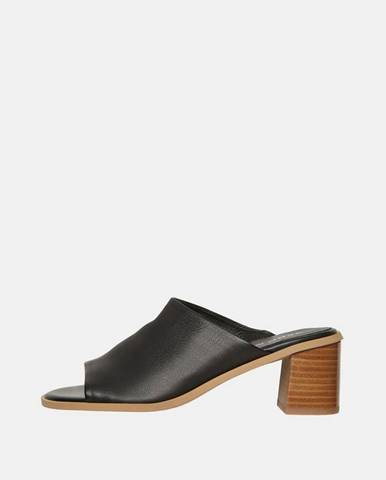 Čierne papuče Vero Moda